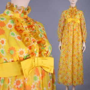 XS/S Vintage 60s Psychedelic Maxi Dress